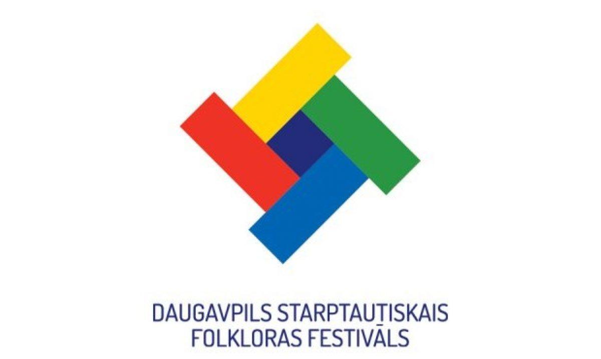 Daugovpilī reikuos XI storptautyskū folklorys festivalu