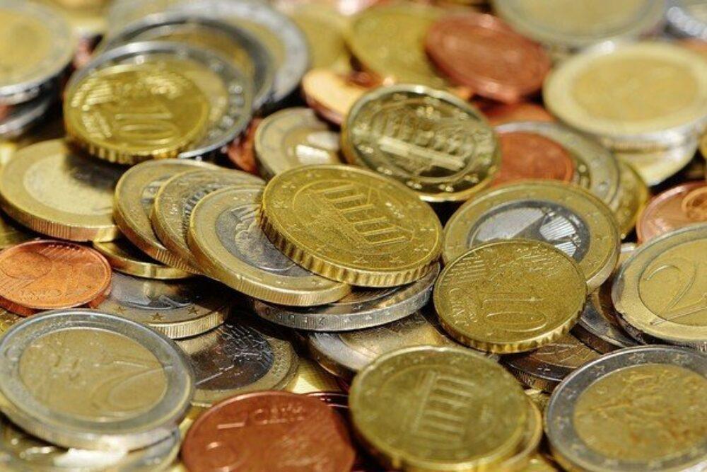Cytugod izdūs Latgolys latvīšu kongresam veļteitu kolekcejis monetu