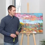 Muokslinīka Juoņa Plivdys jubilejis gleznu izstuode par Latgolys ainovu