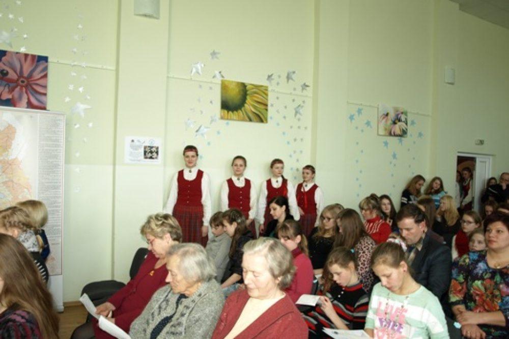 Aglyunā nūsasliedzs Naaizmierstulei veļteitais konkurss